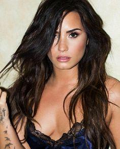 Foto Bugil Barat Demi Lovato Sexy New Photos) Demi Lovato Body, Demi Lovato 2018, Beautiful Celebrities, Gorgeous Women, Demi Love, Demi Lovato Pictures, Brunette Beauty, Woman Crush, Selena Gomez