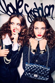 ANNA GROSTIN + VITTORIA CERETTI GO SHOPPING FOR VOGUE JAPAN BY ELLEN VON UNWERTH Ellen-Von-Unwerth-Shopping-Editorial08