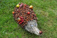 Eloorka facepaiting and crafting: Podzimní dekorace; Ježek ze sena