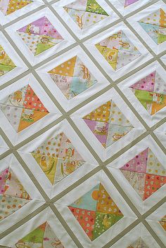 Hour Glass Quilt Blocks - would be cool to do the opposite so there was white at the center for alternating blocks