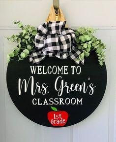 Teacher Door Signs, Teacher Door Hangers, Teacher Doors, Classroom Door, Future Classroom, Teacher Wreaths, Welcome Door Signs, Personalized Teacher Gifts, Wooden Door Hangers