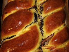 Ostoros angyalkalács recept lépés 4 foto Hungarian Recipes, Sweet Bread, Pound Cake, Cakes And More, Hot Dog Buns, Cookie Recipes, Deserts, Food And Drink, Betta