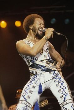 Maurice White of Earth Wind & Fire! It don't get more soulful than this, ya'll. Shut the front door, Please! May God Bless the man.