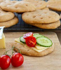 Great Recipes, Cookies, Baking, Desserts, Crack Crackers, Tailgate Desserts, Deserts, Biscuits, Bakken