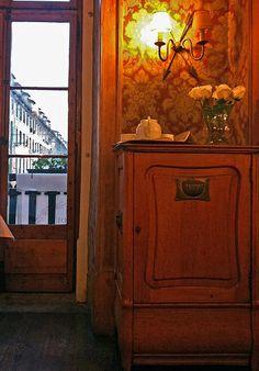 Inspiración Bilbao, Travel, Furniture, Home Decor, Viajes, Interiors, Decoration Home, Room Decor, Home Furniture