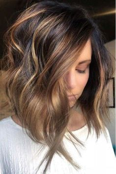 Warm-Toned dark brown and honey blonde balayage. stylish ombre balayage hairstyles for shoulder length hair Balayage Brunette, Hair Color Balayage, Brunette Hair, Ombre Balayage, Brunette Shoulder Length Hair, Shoulder Length Hair Balayage, Brown Balayage, Caramel Balayage Bob, Short Hair
