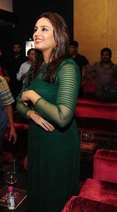 Men's Fashion, Fashion Week, Prettiest Actresses, Beautiful Actresses, Beautiful Bollywood Actress, Beautiful Indian Actress, Huma Qureshi Hot, Priyanka Chopra Hot, Wife Pics