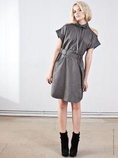 Kleid von Sahra Tehrani