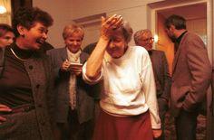 Polish poet, Wislawa Szymborska, hears that she won the Nobel prize. Nobel Prize Winners, Best Portraits, Great Photos, Literature, Entertaining, Humor, Couple Photos, My Love, Reading