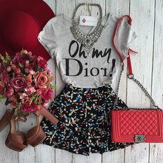 Ela também voltou! T-shirt Oh My Dior Cinza R$59,90 | Shorts saia Brenda R$98,00 Compras on line: Site: www.estacaodamodastore.com.br