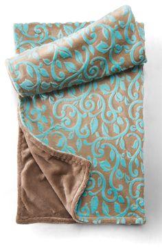 Custom Dreamy Baby Blanket by Veeshee.com.  #veeshee