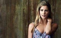 Wallpapers ⇒ Celebrities ⇒ Emily Bett Rickards Actress Girl ®... #{T.R.L.}