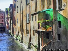 """Hidden canals of Bologna - """"6 Favorite Photos from Bologna, Emilia Romagna"""", """"Show and tell"""" by @Kathryn Whiteside Burrington"""