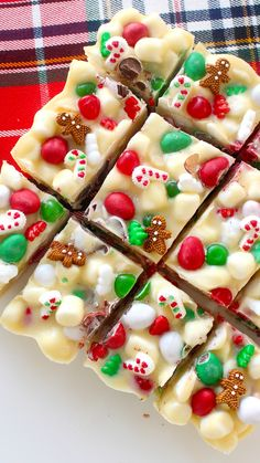Packed with marshmallows, nuts and white chocolate, this might be the easiest and most addictive holiday treat ever.
