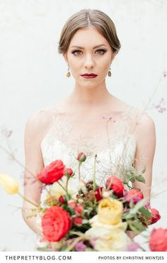 Autumn bouquet #weddingbouquet #bouquet #wedding #flowersinthefoyer