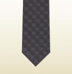 Gucci - Krawatte aus Seidenjacquard mit GG Muster 2324614B0024274