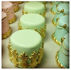 Beautiful pastel #Green mini #Cakes with gorgeous #Gold detailing! We love and had to share! Great #CakeDecorating!