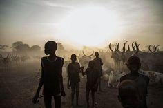 Crianças do Sudão do Sul. Fevereiro de 2014. AFP PHOTO / FABIO BUCCIARELLI/AFP/Getty Images
