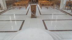 idei pardoseli marmura granit travertin medalioane GVB Stone Division Division, Tile Floor, Dining Table, Flooring, Stone, Crafts, Furniture, Home Decor, Travertine