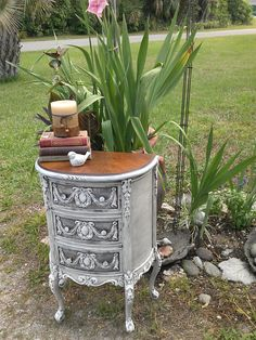 Hey, I found this really awesome Etsy listing at https://www.etsy.com/listing/229959090/white-shabby-chic-antique-french