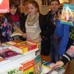 To już koniec naszej książkowej akcji, ale nie myślcie sobie, to nie koniec czytania.  10 marca wybraliśmy się całą grupą do księgarni, aby wydać pieniądze, które zebraliśmy podczas akcji promującej naszą bibliotekę. Pomysłów na zakupy było wiele, ale jak zwykle w takich sytuacjach ograniczała nas cena książek, które są – niestety- dość drogie. Nasa