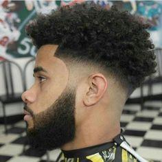 L'image contient peut-être : 1 personne Black Boys Haircuts, Black Men Hairstyles, Cool Haircuts, Afro Hairstyles, Haircuts For Men, Wedding Hairstyles, Modern Haircuts, Men's Hairstyle, Medium Hairstyles