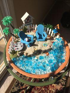 It can be summer time even in the winter. Beach Fairy Garden, Fairies Garden, Fairy Homes, Beach Umbrella, Flower Gardening, Miniature Fairy Gardens, Fairy Land, Poker Table, Umbrellas