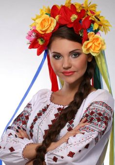 A woman in traditional Ukrainian costume We Are The World, People Around The World, Eslava, Folk Clothing, Polish Clothing, Costumes Around The World, Ethno Style, Beauty Around The World, Thinking Day