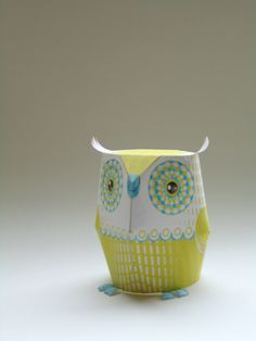 Paper owls (at the end of the blog you get links to owls that are for the 4 Houses at Hogwarts)