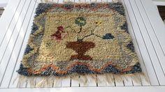 Vanha ryijy Bohemian Rug, Rugs, Wall, Home Decor, Eggs, Farmhouse Rugs, Decoration Home, Room Decor, Walls