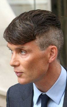 who's that sexy thing i see over there Long Hair Braided Hairstyles, Undercut Hairstyles Women, Baddie Hairstyles, Hairstyles Haircuts, Haircuts For Men, Braids For Boys, Braids For Long Hair, Thomas Shelby Haircut, Peaky Blinder Haircut