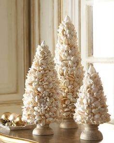 Little Christmas trees made from shells / beach decor- shells available at beachandnatureco.com