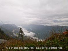 Blick von der Rotwand über das Etschtal - Foto: Mario Hübner Portal, Mario, Mountains, Nature, Travel, Pictures, Red Walls, Roses Garden, Hiking