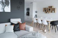 Good evening  -------------------------------------------------- #interior123 #interior #boligpluss  #inspiremeinterior #inspiration #ssevjen #unike_hjem #hltips #nordic_homes #mielille #interiorwarrior #interiorinspirasjon #ninterior #interior_and_living #hus10a #interiorbymilla #interioristapicture #skandinaviskehjem #interior4all  #boligplussminstil #bolia #bohus #skeidar #skeidartvedtsenteret #interiørmagasinet #rom123 by ingvild90