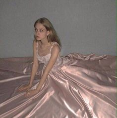 ♡ Being soft isn't just an aesthetic, it's a way of life! Angel Aesthetic, Pink Aesthetic, Aesthetic Clothes, Looks Style, Looks Cool, Pretty Dresses, Beautiful Dresses, Estilo Grunge, Girly