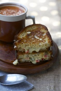 Perfect lunch for a Friday in winter: Comté and Pepper Grilled Cheese with Smokey Tomato Soup