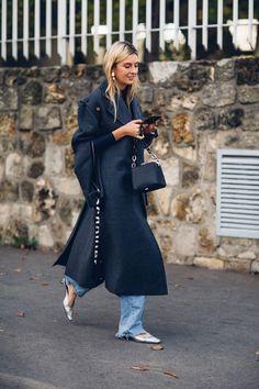 3ea73f59b51aa The Best Street Styl The Best Street Style Looks From Paris Fashion Week  Spring 2018