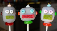 Robot Cake Pops by sweetpopsshop on Etsy, $32.00