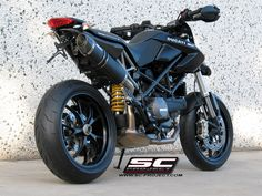 This is close to the Ducati Streetfighter, which I will be buying someday