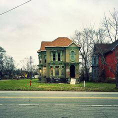 6 Instagram Photographs Capture the Lone Architecture of American Cities - Architizer