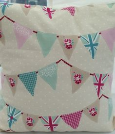 """Bunting Union Jack Flag Flowers 16""""cushion Cover Shabby Chic Pinks Blues Pastels"""