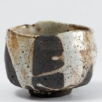 Lisa Hammond - Chawan - pottery - black and white Pottery Bowls, Ceramic Pottery, Pottery Art, Thrown Pottery, Slab Pottery, Japanese Ceramics, Japanese Pottery, Ceramic Clay, Ceramic Bowls