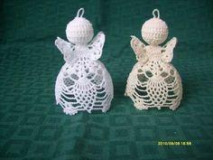 Archivo de álbumes Christmas Angel Ornaments, Crochet Christmas Decorations, Crochet Ornaments, Holiday Crochet, Crochet Snowflakes, Christmas Crafts, Merry Christmas, Xmas, Crochet Angel Pattern