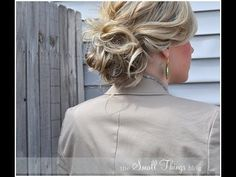 double bun for short hair & other great hair tutorials My Hairstyle, Ponytail Hairstyles, Pretty Hairstyles, Bun Updo, Wedding Hairstyles, Hair Ponytail, African Hairstyles, Short Hair Bun, Short Hair Styles