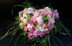 Funeral Flowers, Floral Wreath, Wreaths, Plants, Home Decor, Floral Crown, Decoration Home, Door Wreaths, Room Decor