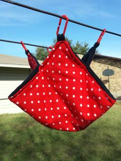 Check out this item in my Etsy shop https://www.etsy.com/listing/215530955/cozy-tulip-l-rockabilly-red