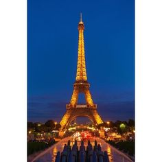 Explore the best neighborhoods in Paris and see all the iconic... ❤ liked on Polyvore featuring backgrounds
