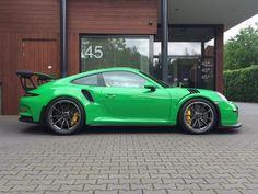 Porsche 911 991 GT3 RS 4.0 500 pk viper green Ceramic direct leverbaar. - Overzicht - Auto Trader