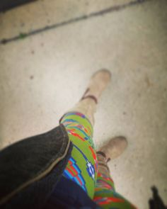 Brighten up a cloudy day with a cheerful, vivid print ☀😎🌞   #dcleggingarmy #green #southwestern #bright #boots #leggings #fashion #style #western #bohemian