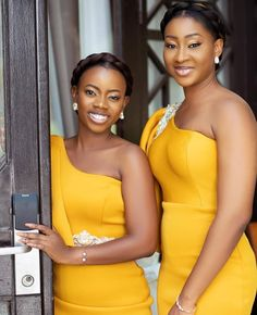 African Bridesmaid Dresses, Best African Dresses, Champagne Bridesmaid Dresses, Bridesmaid Dress Styles, African Fashion Dresses, Bridesmaids, Dress Fashion, Bride Reception Dresses, Lace Gown Styles
